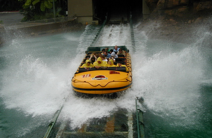 10.Jurassic Park The Ride