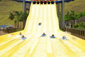 Water Park Slide Racers